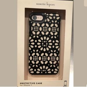 Nanette Lepore iPhone 7 / 8 Case NIB Black Cut-Out